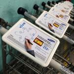 Carrinhos de Compras da Lepok em parceria com o Grupo Four Midia com display de mídia na manopla com campanha da Vivo Empresas do plano 4G para o novo Samsung Galaxy Note