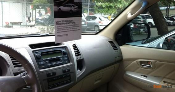 Tag-no-Carro-mídia-alternativa-Grupo-Four-Midia-personalizada-campanha-Concessionária-BMW-Haus-Motors-Salvador-2
